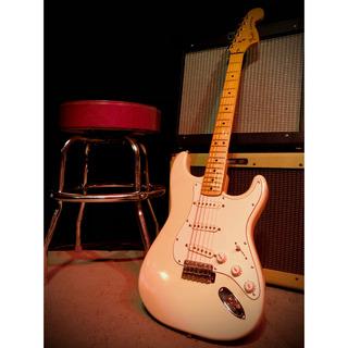 Fender Stratocaster 1977 Olympic White