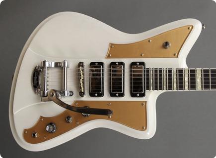 Rivolta Guitars Mondata Xviii Colomba White