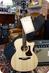 Eastman Eastman AC122 1CE Grand Auditorium Modelwith Cutaway Pickup Natural