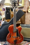 Eastman Eastman AR810CE Archtop 17 Inch Classic With Case