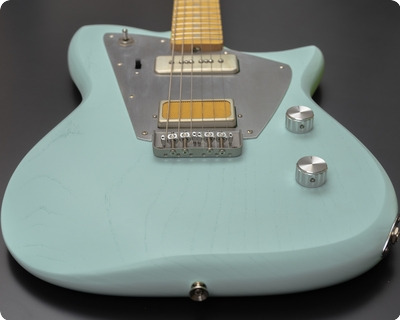 Rufini Guitars Zyco 2021 Ice Blue, Satin