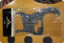Fender-Fender Custom Shop P-Bass Pickguard Black Pearl 099-2161-000