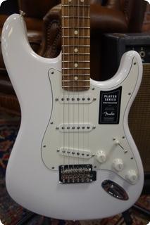 Fender Fender Player Stratocaster Pau Ferro Fingerboard 2020 Polar White