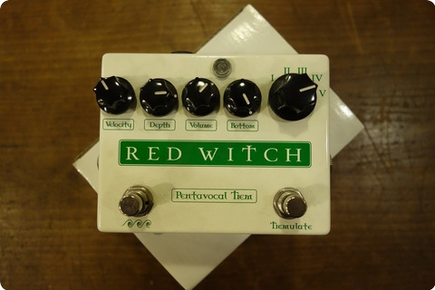 Red Witch Red Witch Pentavocal Tremolo