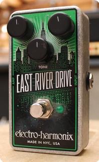 Electro Harmonix 1977 East River Drive 1977