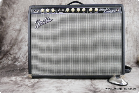 Fender Custom Vibrolux Reverb Amp 2007 Black