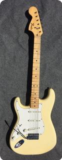Fender Stratocaster 1975 White (creme)