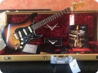 Fender STRATOCASTER SRV RELIC CUSTOMSHOP 3 TONE SB